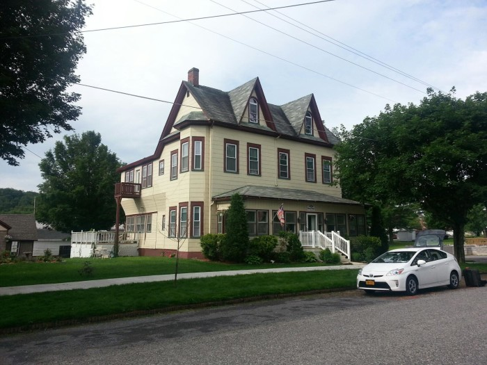 3. The Meyer House Bed and Breakfast in Davis