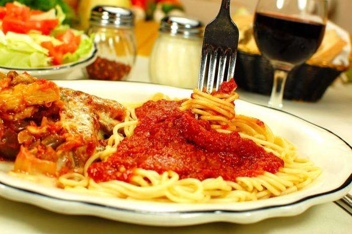 3. Minard's Spaghetti Inn in Clarksburg