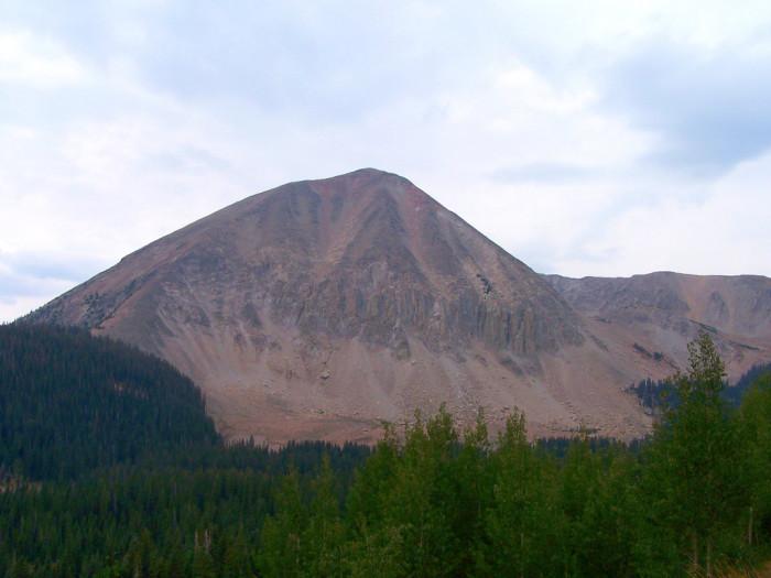 15) Mount Peale
