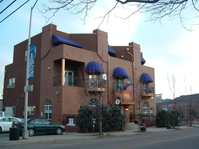 6. Old Town Guesthouse Bed and Breakfast (Colorado Springs)