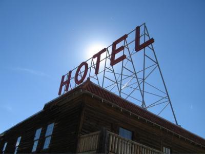 8. Hand Hotel Bed & Breakfast (Fairplay)