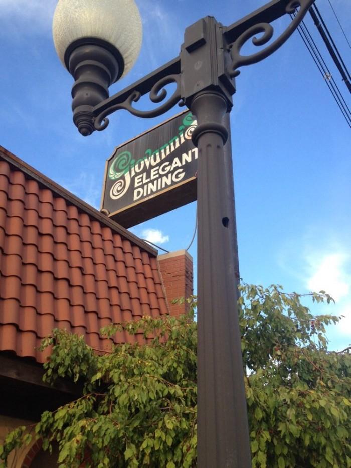 5. Giovanni's Restaurant