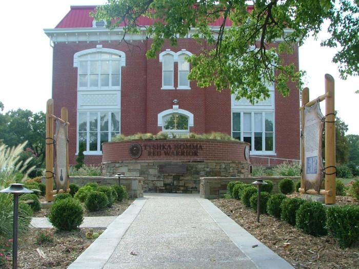 2. Choctaw County, Population: 15,205