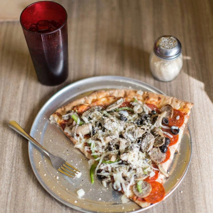 10. Uncle Vinny's NY Pizzeria: Broken Arrow