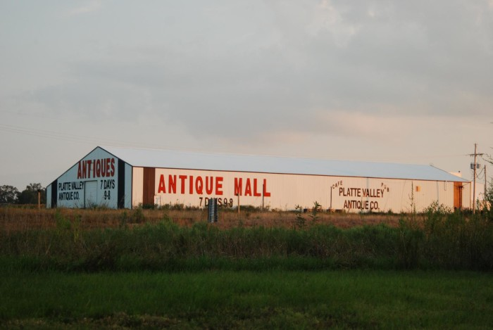 Platte Valley Antique Mall, Greenwood