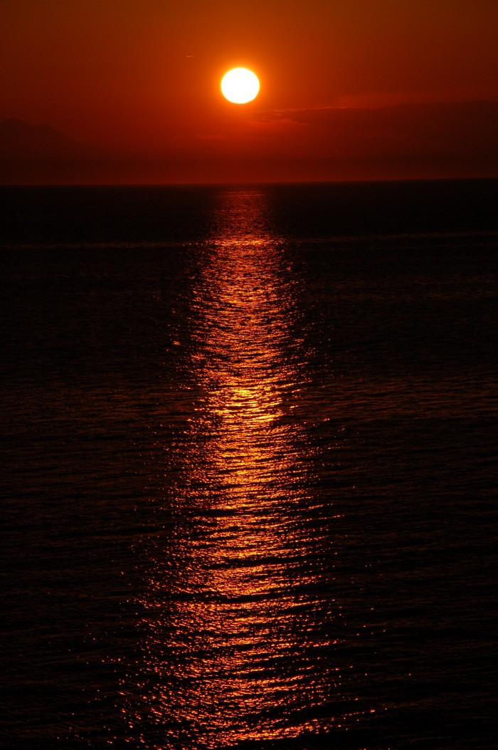 1. Imagine waking up to this striking bronze sunrise in Port Angeles EVERY morning.