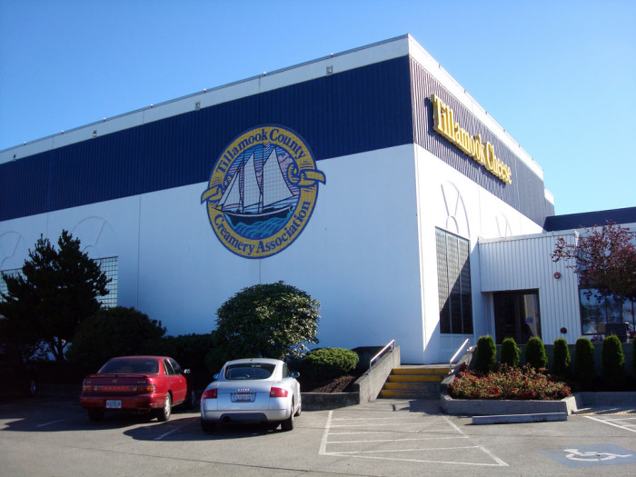 2) Tillamook Cheese Factory Tour
