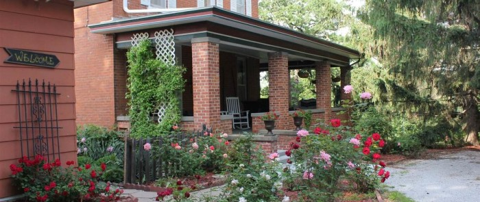 Whispering Pines Bed & Breakfast, Nebraska City