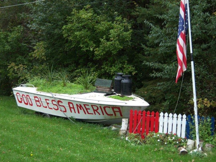 9. And patriotic displays like this can be found around the state
