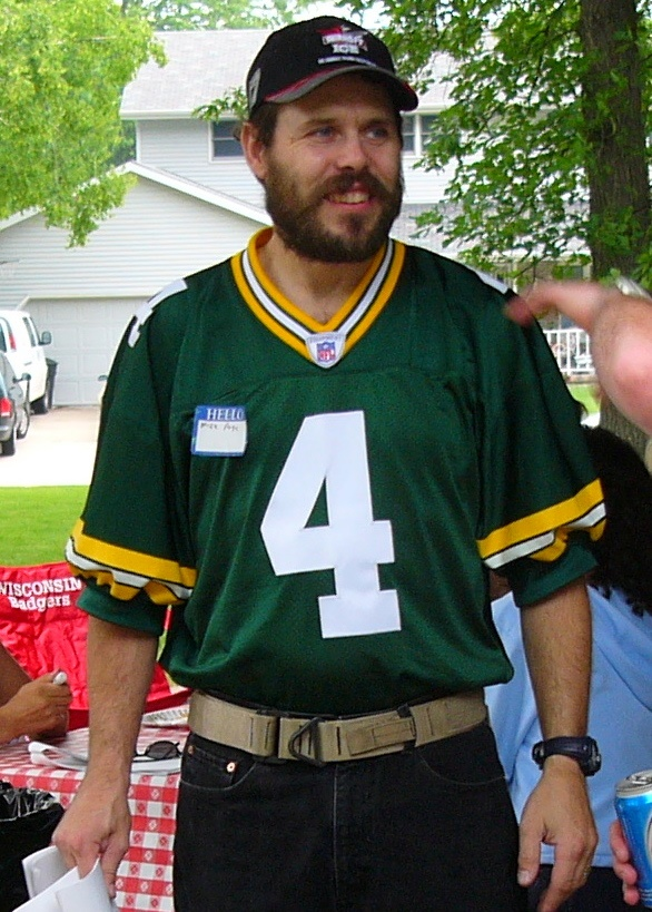 3. They miss no opportunity to remind a Packers fan that the Bears are better.