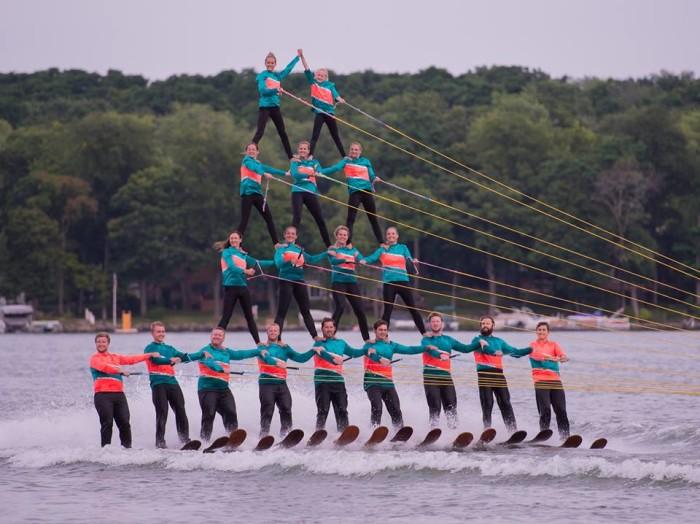 7. Aquanut Water Show (Twin Lakes)