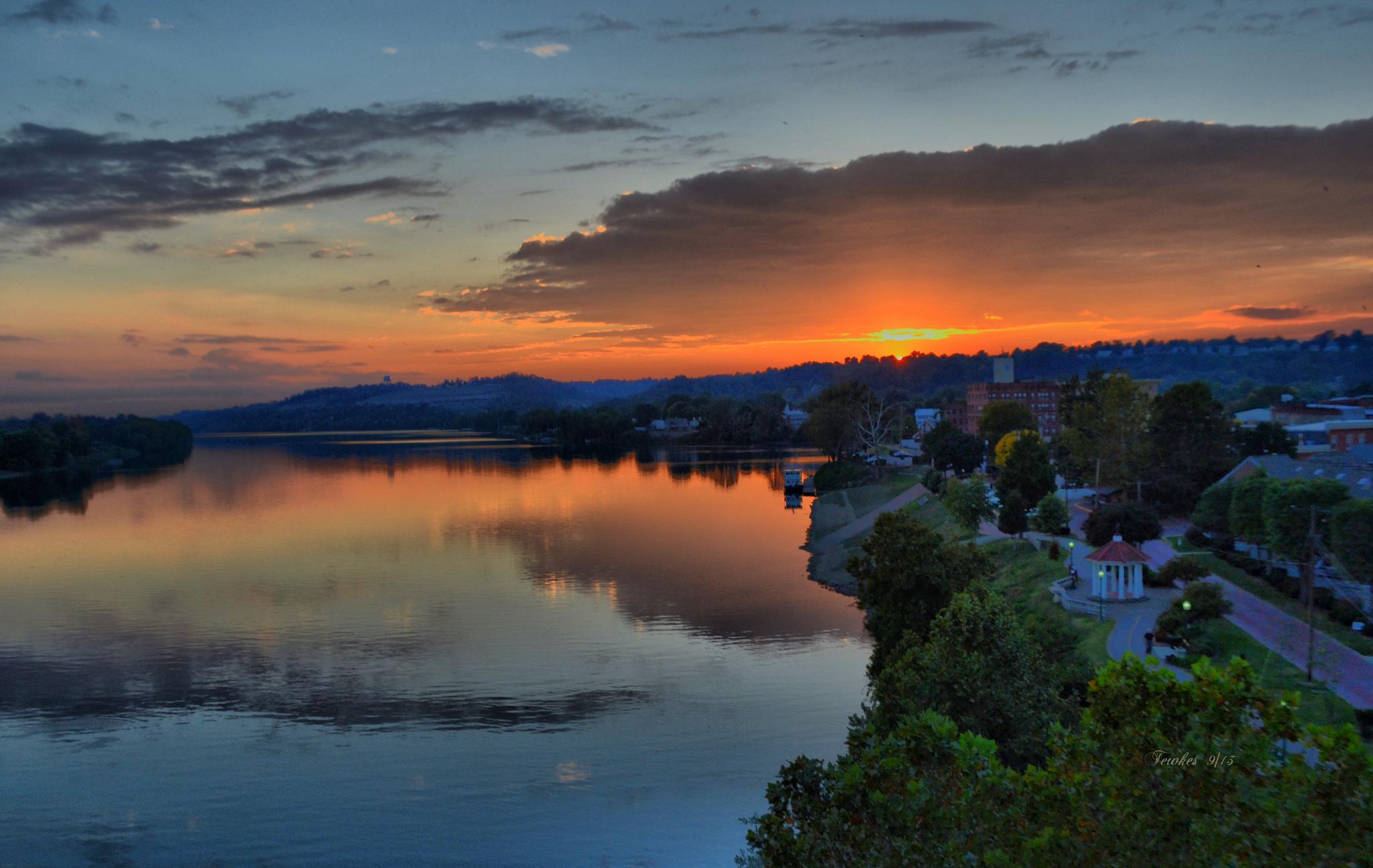 River Island Newsletter Sign Up