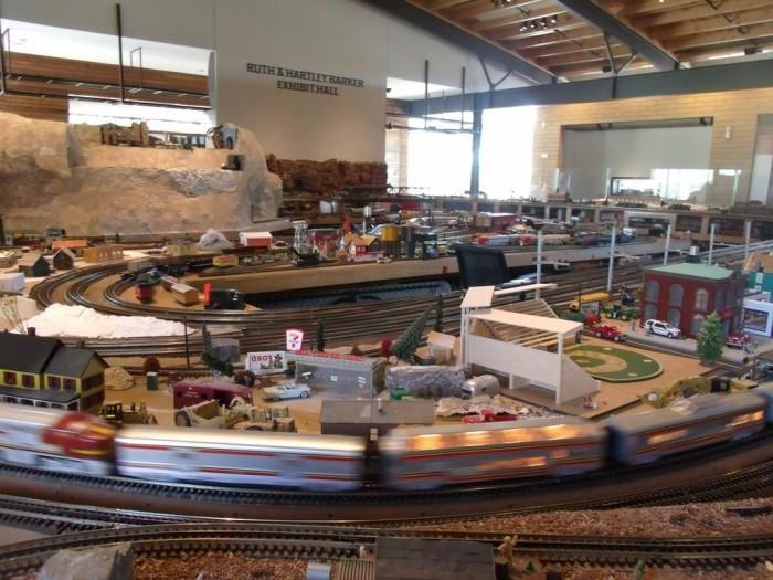 1024px-Scottsdale-Stillman_Park_20_-Scottdale_Model_Railroad_Club