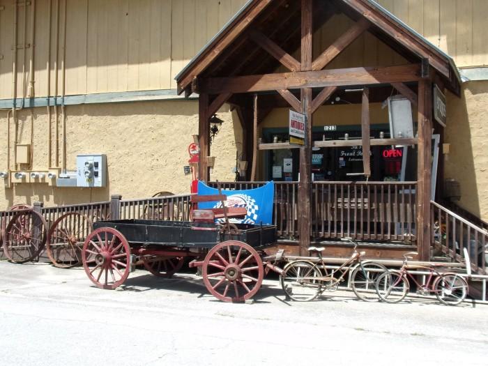 8. Pa's Front Porch - 1213 Franklin St Dillard, GA 30537
