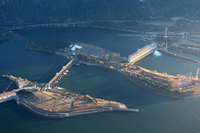 3) Bonneville Dam