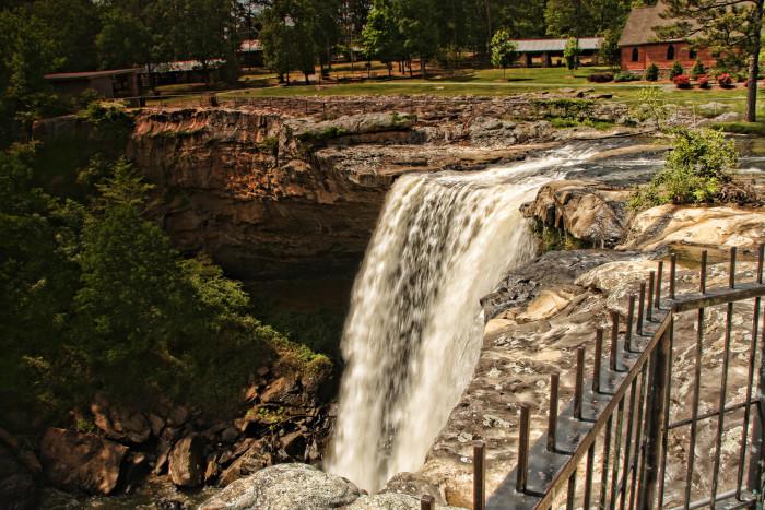 1. Noccalula Falls - Gadsden, AL