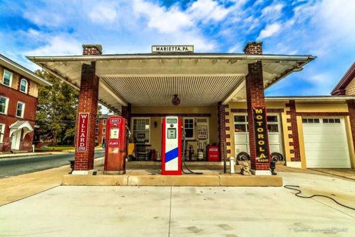 3. A gas station in Marietta as captured by Scott Kennedy.