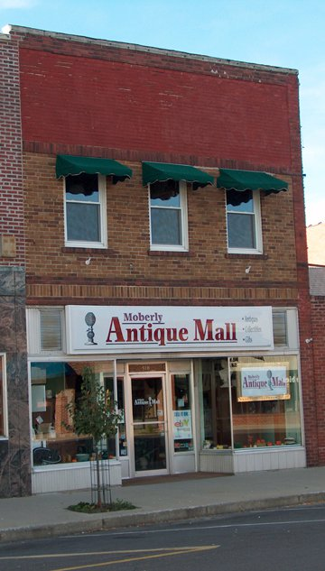 14.Moberly Antique Mall, Moberly