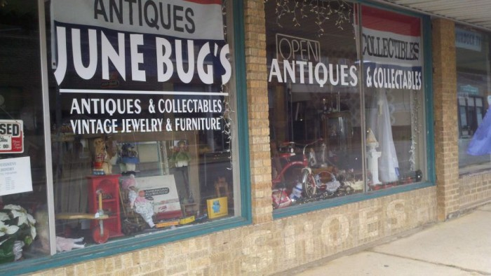 15.Junebug's Antiques and Collectibles, Doniphan