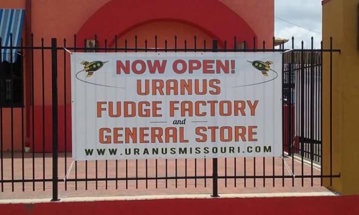 15. Uranus Fudge Factory and Candy Store, Saint Robert