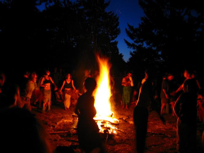 10) Bonfires