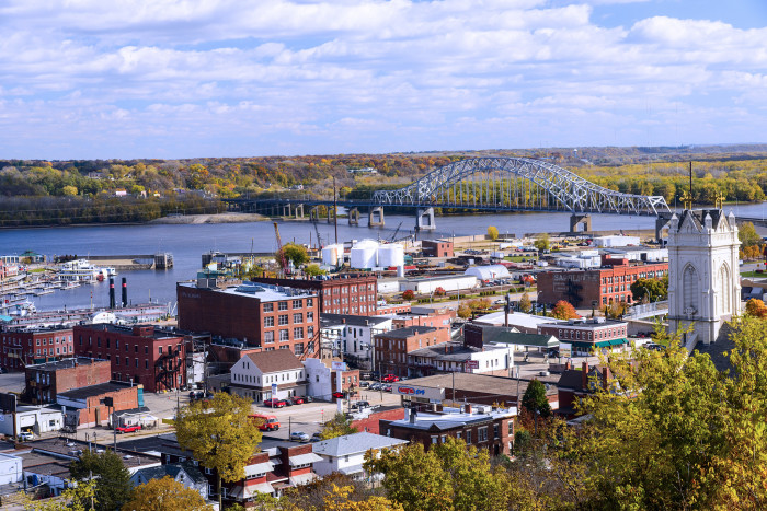 11. And make sure to visit the beautiful city of Dubuque this autumn.