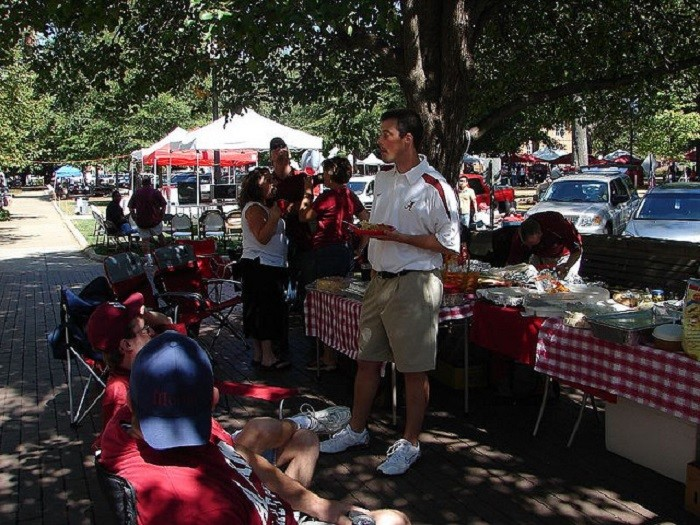 4. Football season takes place during the fall, and you can't experience a great game day without tailgating.