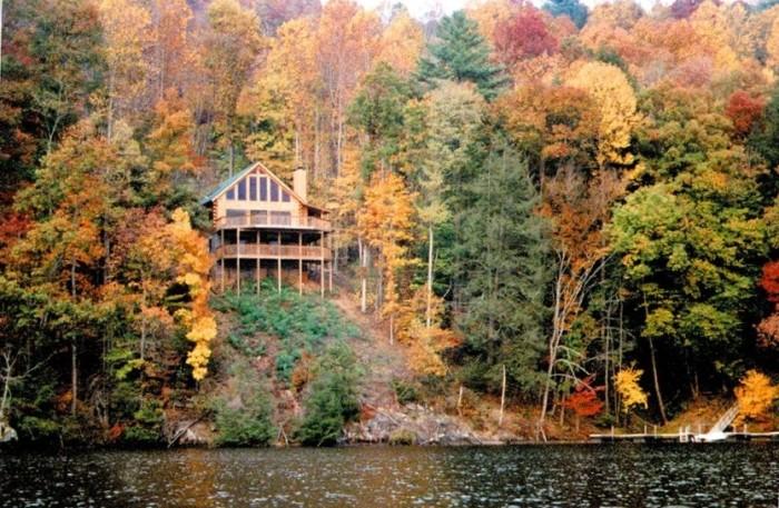 7. Lakeside serenity