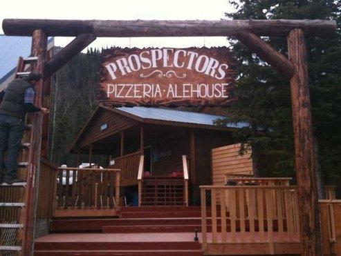 6) Prospectors Historic Pizzeria & Alehouse