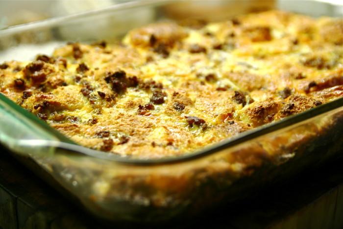 6. A baking dish.