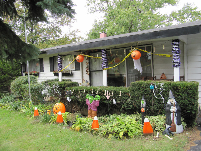 4. Decorate the yard for Halloween.