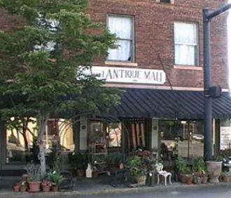 3. Greensboro Antique Mall - 101 S Main St, Greensboro, GA 30642