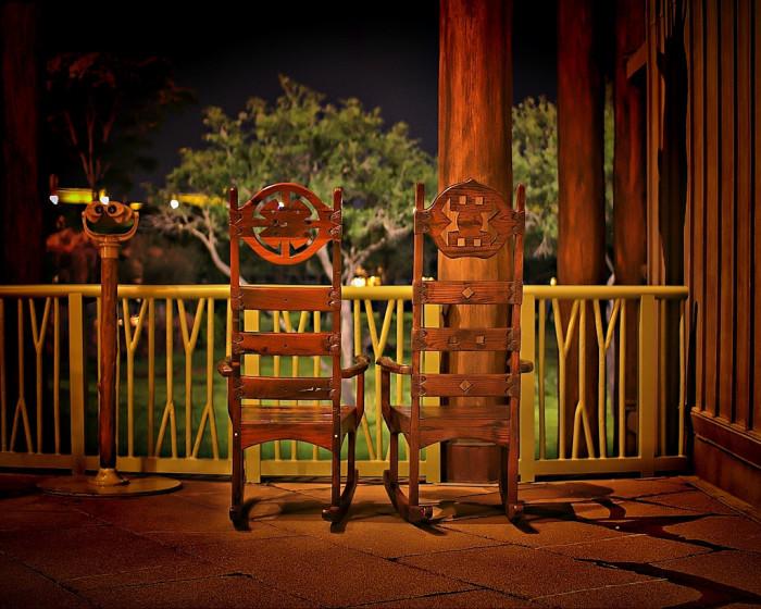 8. The best porch sittin'.