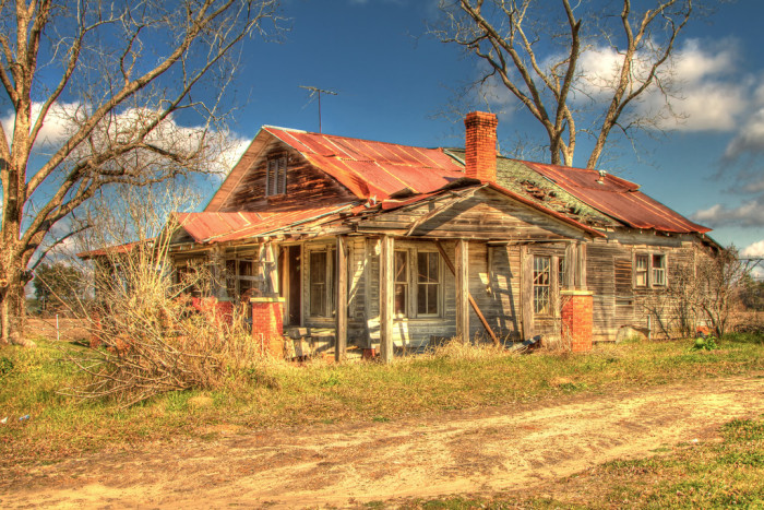 3. Abandoned Farmhouse somewhere near Statesboro