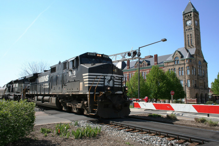 1. Two diesel locomotive train (Springfield)