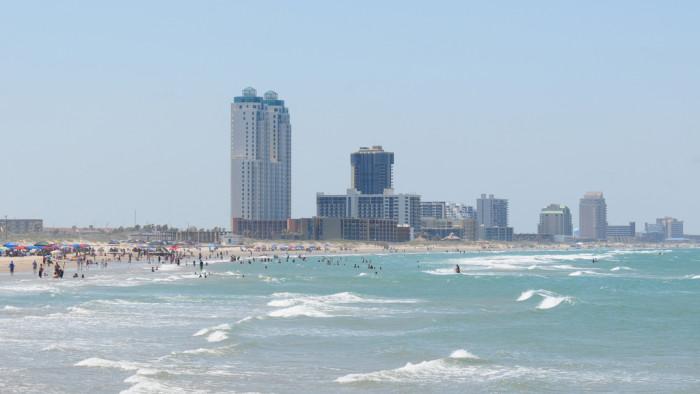 12) Pretty beaches
