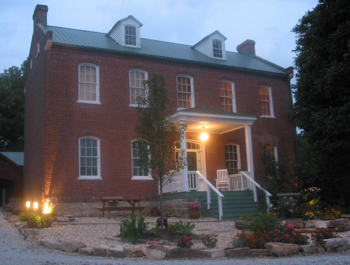 6. Visit the beautiful mid-Missouri wine country at the Alpenhorn Gasthaus, a true old style bed and breakfast.