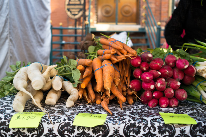 6. And the best fresh food from comes from the autumn farmers markets.
