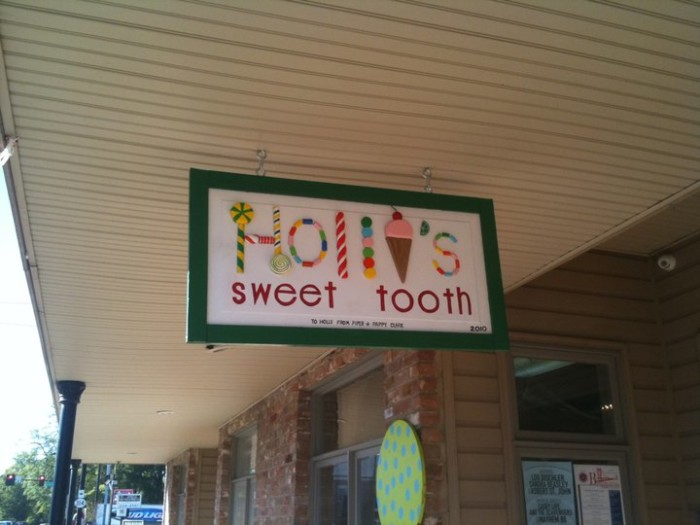 6. Holli's Sweet Tooth, Oxford