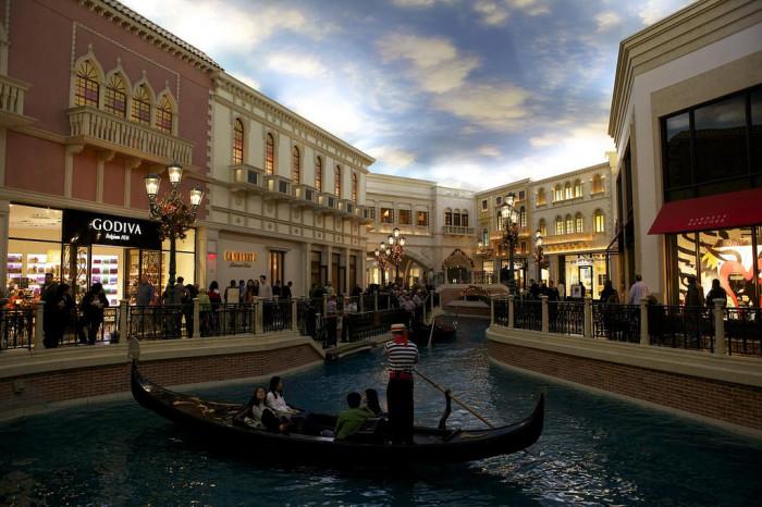 1. The Venetian - Las Vegas, NV