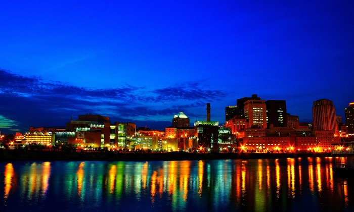 8. The waterfront views of St. Paul on the Mississippi River from Harriet Island can't be beat, especially at night!