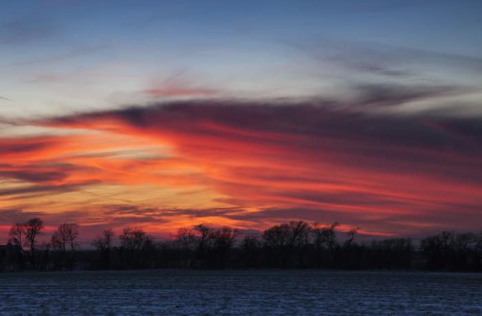 3) A pink sunset illuminates the sky in Frisco, Texas. Gorgeous!