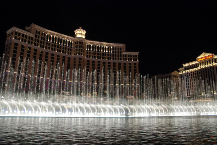 8. Bellagio Fountain Show