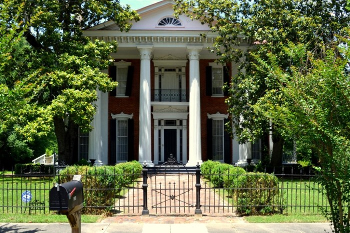 8. Mount Pleasant (an unincorporated community in Marshall County near Holly Springs)