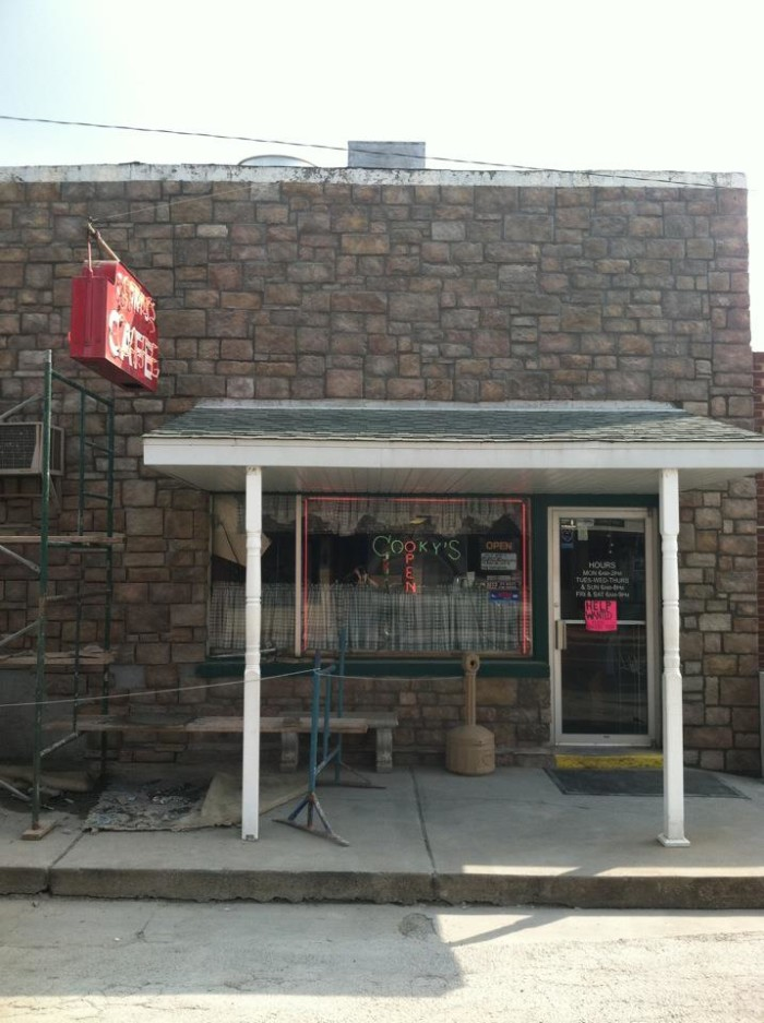 9. Cooky's Cafe, Golden City