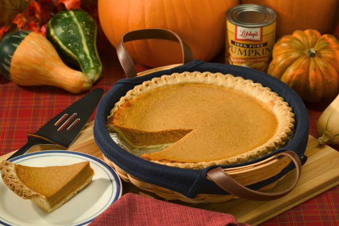 6. Bake a delicious pumpkin pie.