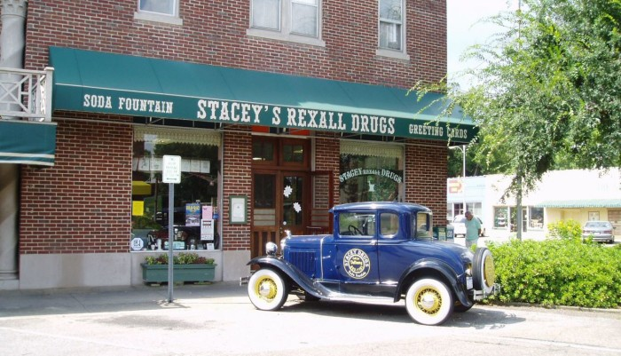 5. Stacey's Olde Tyme Soda Fountain