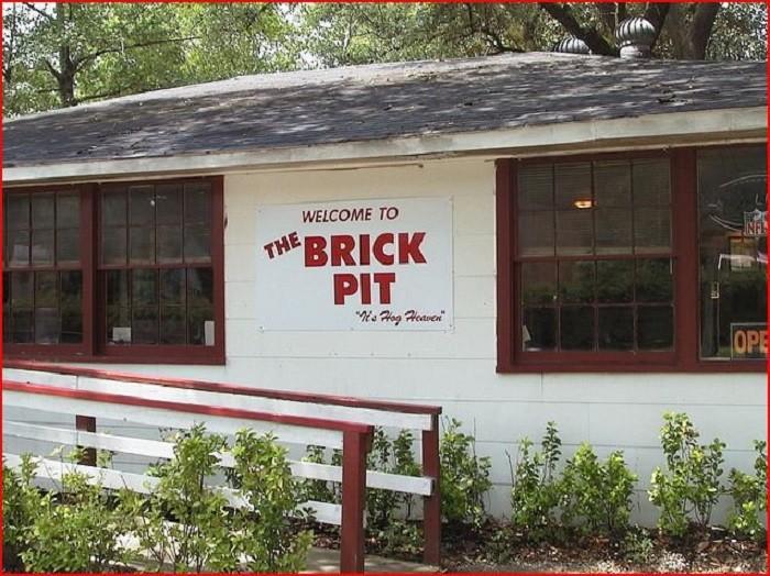 3. The Brick Pit - Mobile, AL