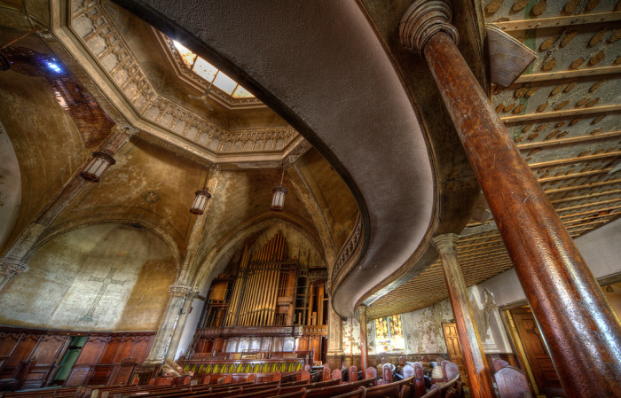 8) An abandoned church in Detroit.