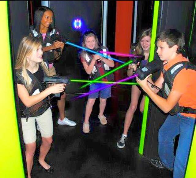 9) Bowling and Skating Family Fun Center - Jackson